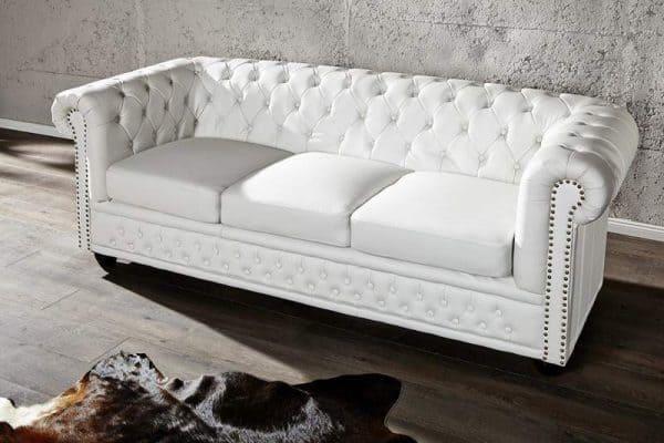 Sofa Chesterfield 3er biela matná m. Nieten