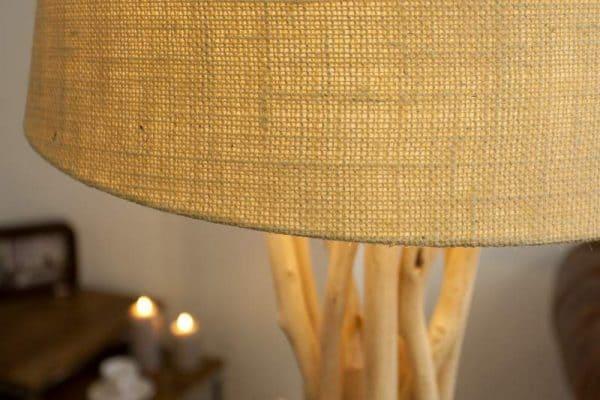 Stojanová lampa z naplaveného dreva Cara 155 cm »