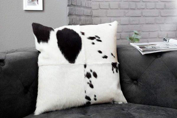 Vankúš Rodeo čiernobiela 45 x 45 cm
