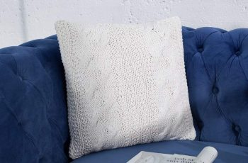 Vankúš Cosy II Strick biela 45 cm