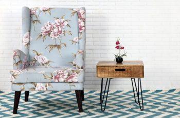 Drevený konferenčný stolík Mantis 50 x 50 cm »