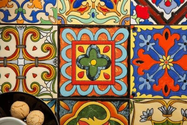 Konferenčný stolík Marrakesch 60cm farebné
