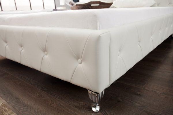 Posteľ Extravagancia 180x200cm biela