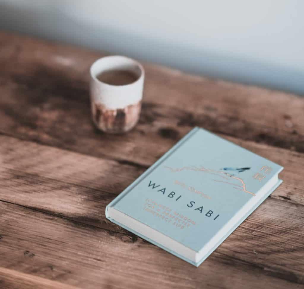 Annie Spratt kniha Wabi-Sabi