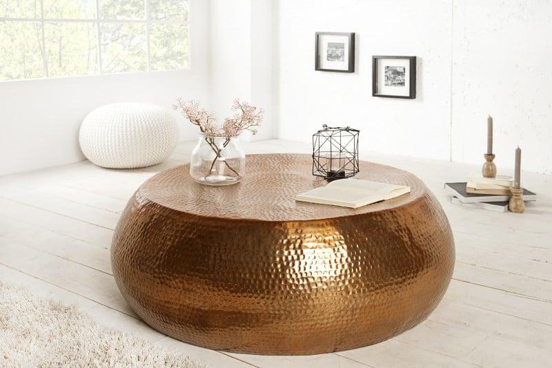 Medený stolík