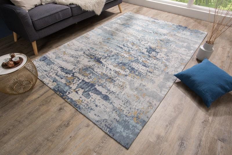Modrý bavlnený koberec vhodný pre Wabi-Sabi