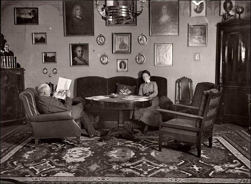 Obývačka vo viktoriánskej dobe - historické bývanie