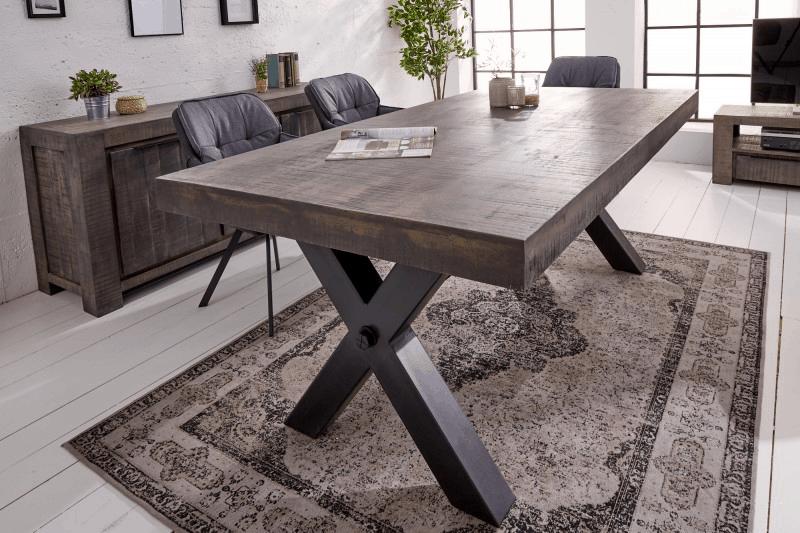 Moderný obdĺžnikový jedálenský stôl