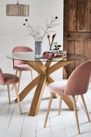 ružová moderná jedáleň