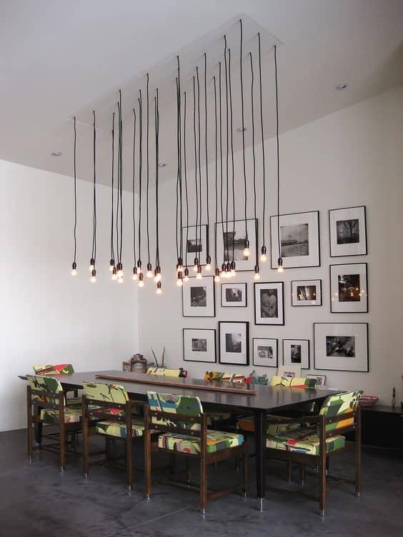 svietidlo nad jedálenským stolom