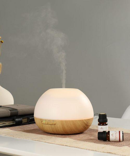 Aroma difuzér zvlhčuje vzduch.