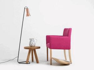 jednoduchá lampa na čítanie