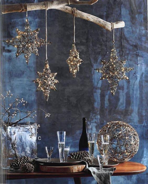 naaranžovaný stôl
