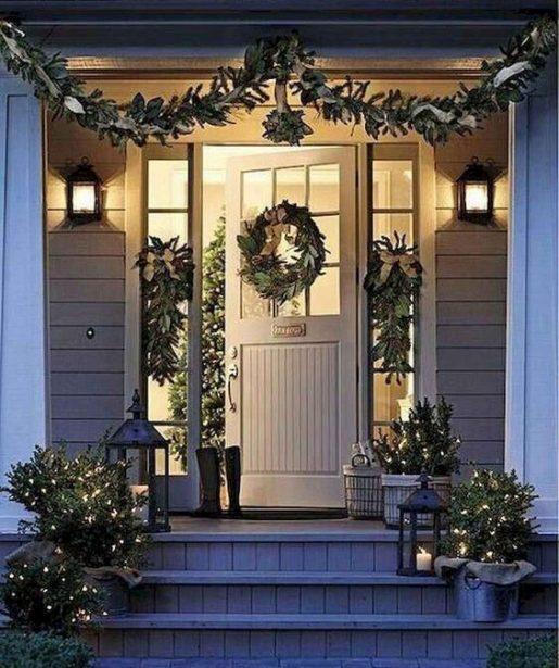 vianočné dekorovanie dverí