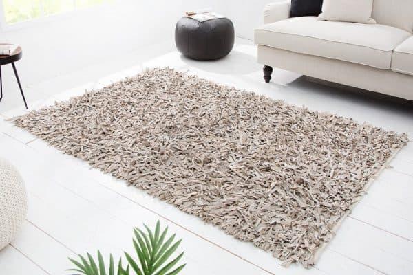 koberec dlhý vlas béžový