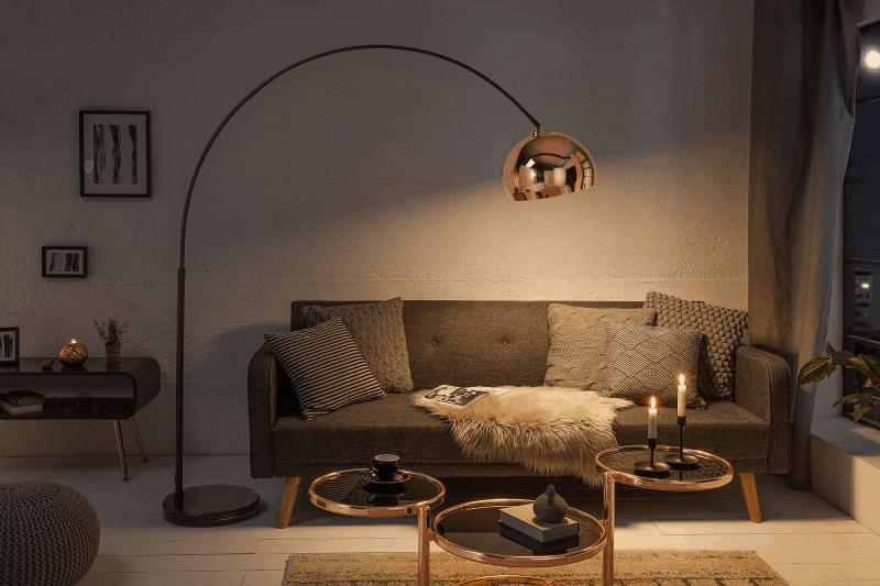 medená lampa