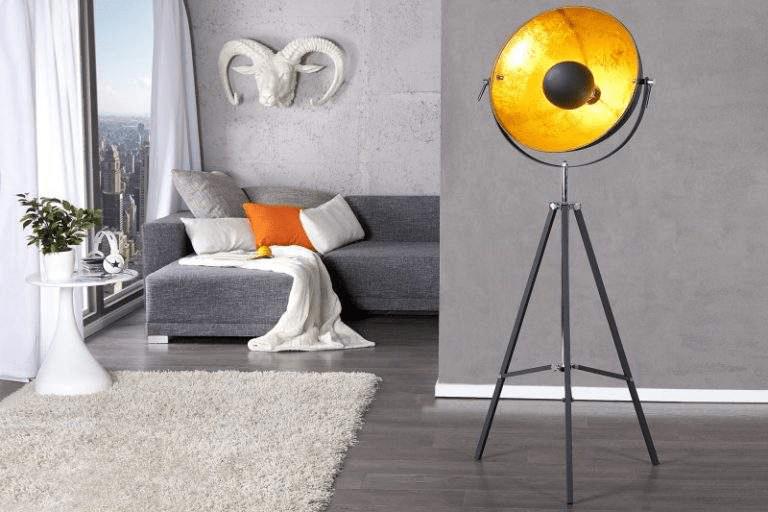 stojanova lampa