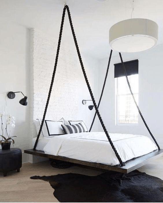zavesna postel