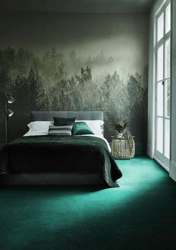 zeleny koberec v spalni