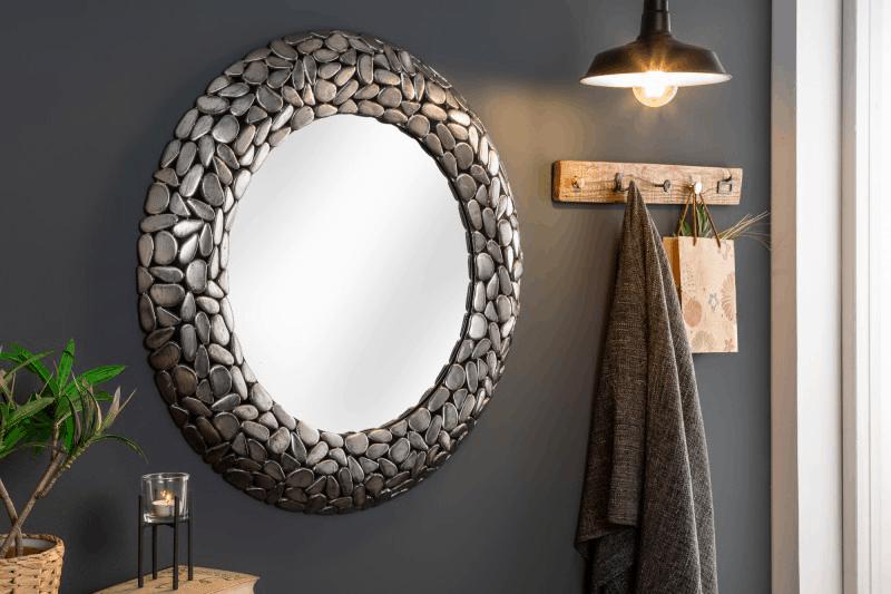zrkadlá v spálni