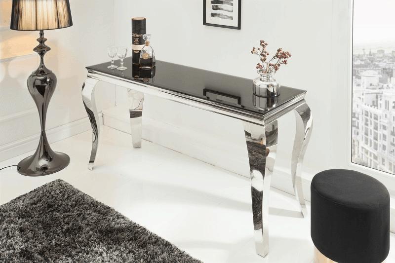 Lesklý stolík