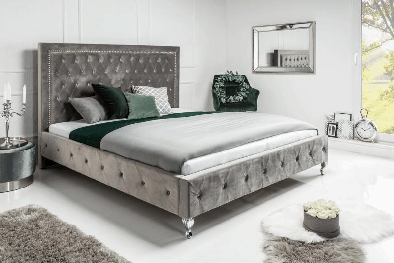 Manželská posteľ so zrkadlom