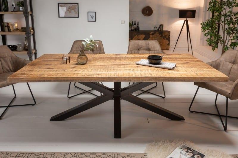 Jedálenský stôl z Manga »
