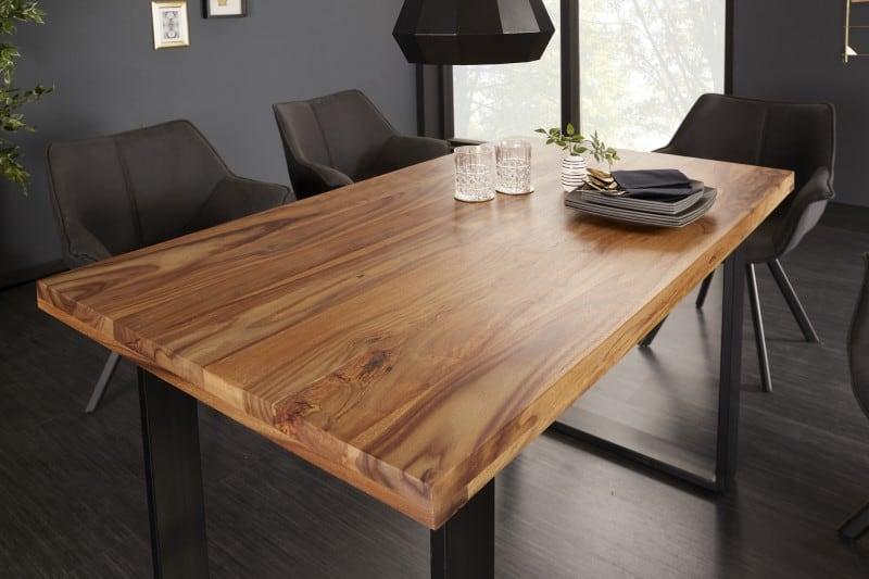 Jedalensky-stol-z-masivu