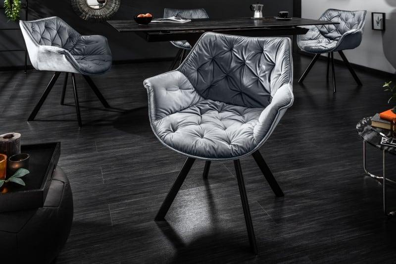 Strieborná jedálenská zamatová stolička