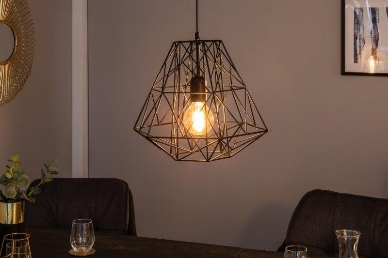 Zavesna-lampa-cierna