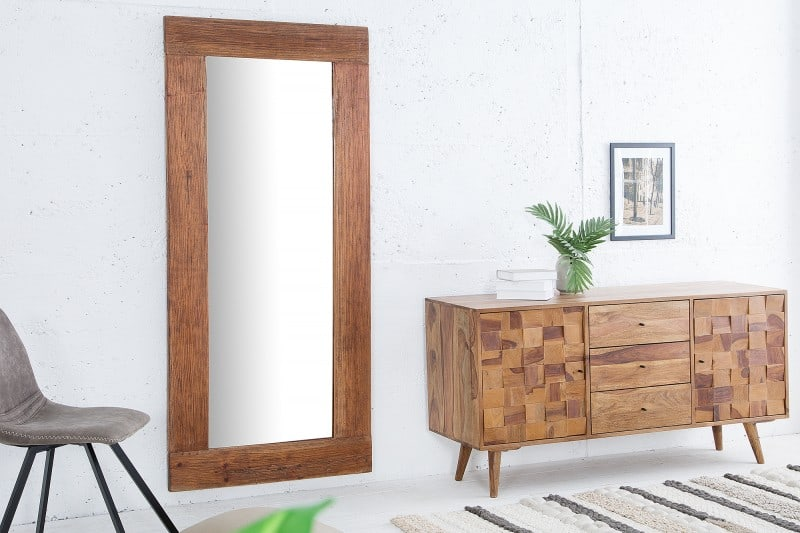 drevene zrkadlo hemingway