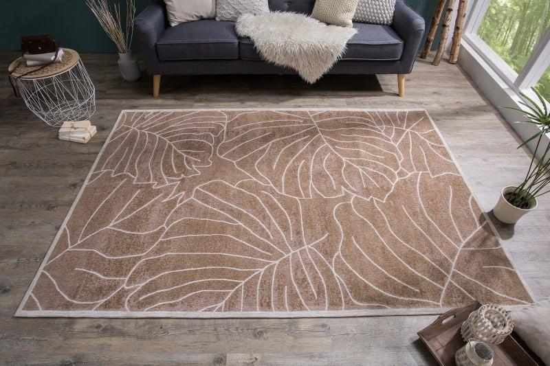 hnedy-koberec