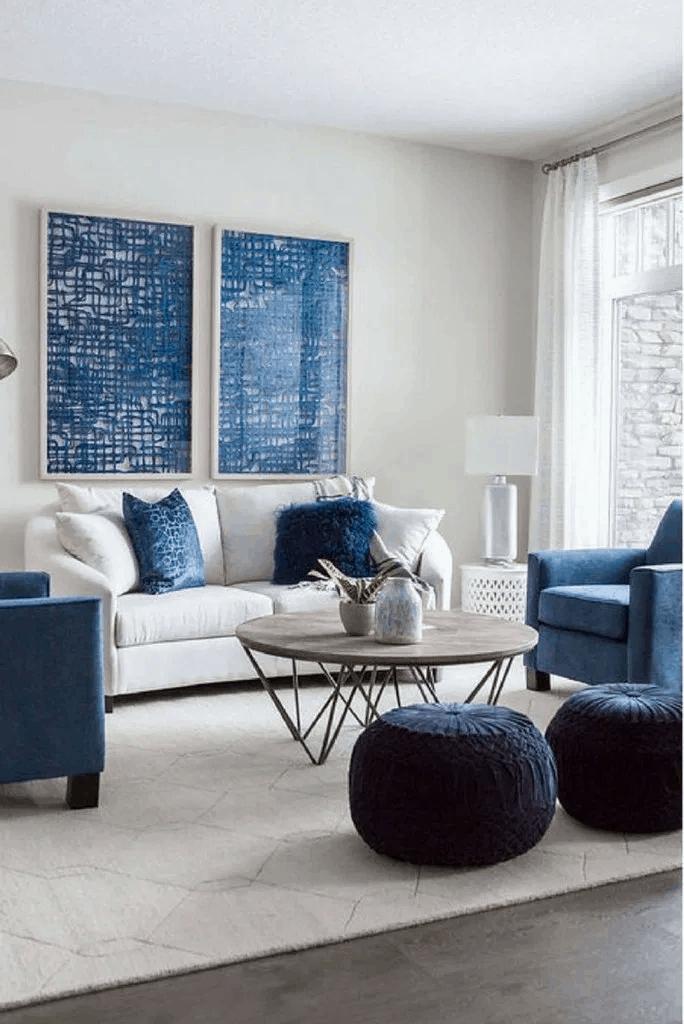obývačka s modrým dekorom