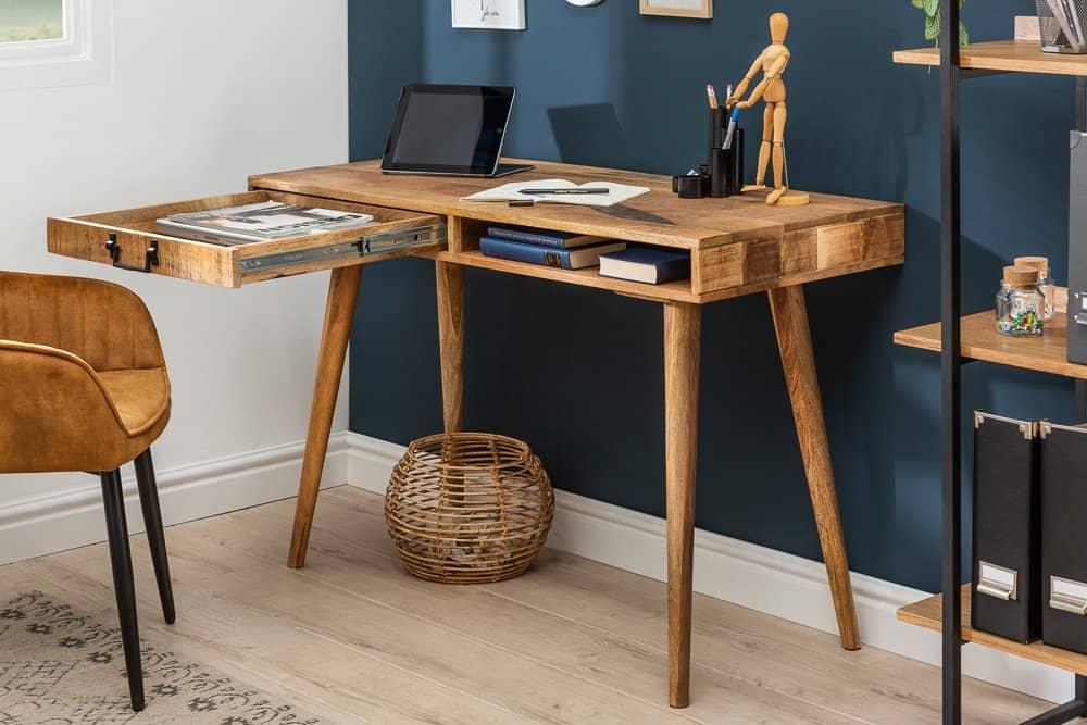 pisaci stol
