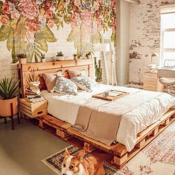 1. spálňa z drevených paliet