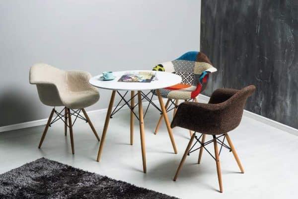 2--okrúhly stôl v škandinávskom štýle