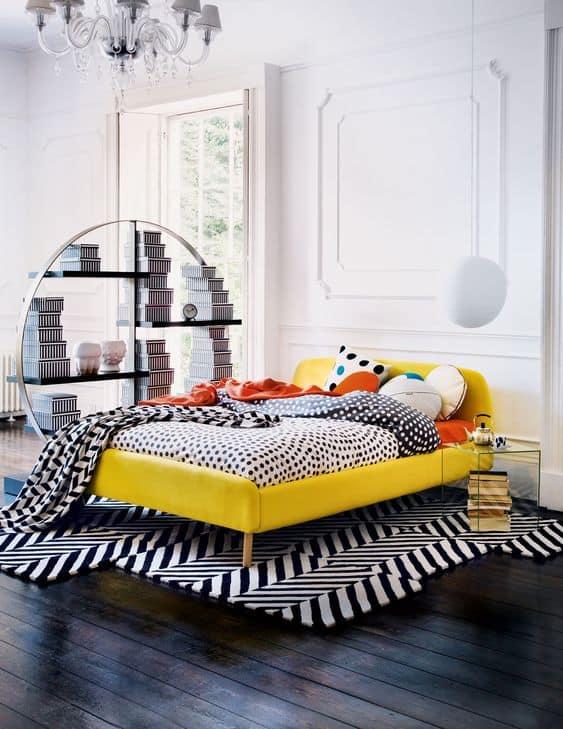 4. žltá manželská posteľ