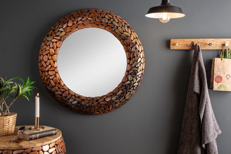 9. Nástenné zrkadlo