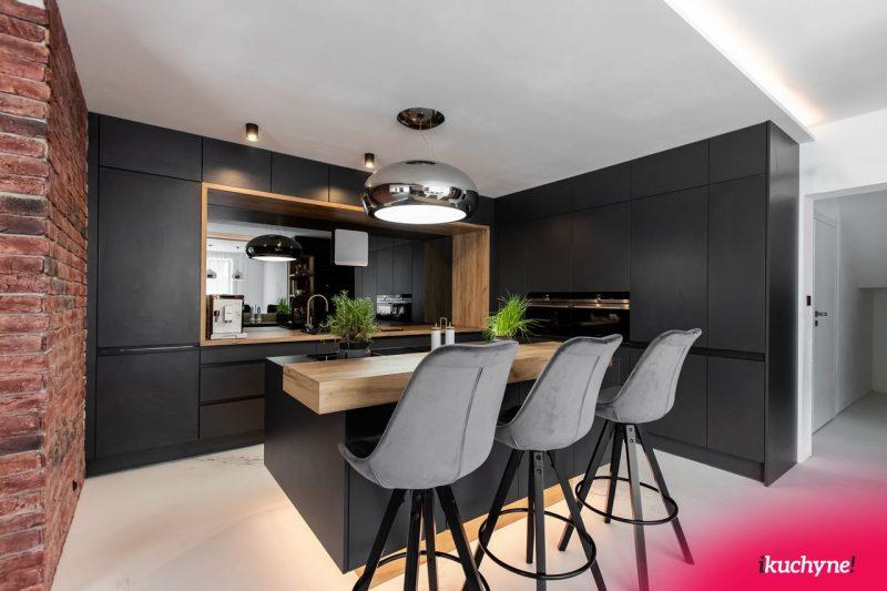 antracitová-kuchyňa