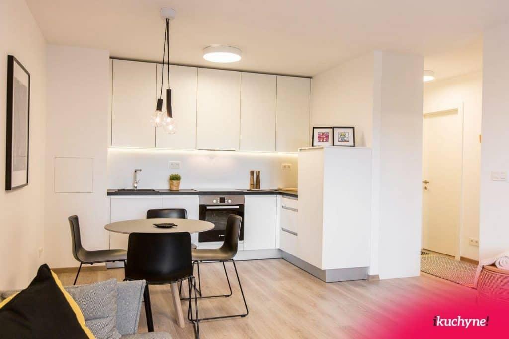 moderna biela kuchyna ikuchyne