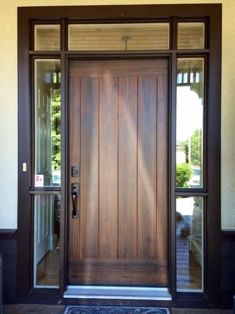 Drevené doplnky v exteriéri - drevené dvere