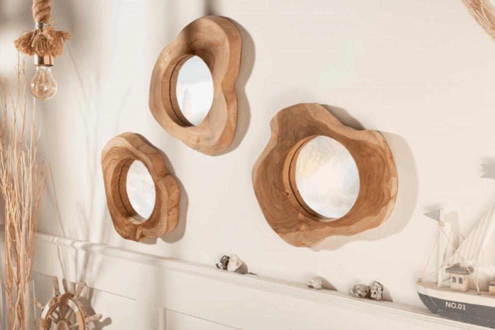 Zrkadlá s dreveným rámom zaslúžene patria do kategórie drevených bytových doplnkov. Zdroj: iKuchyne.sk