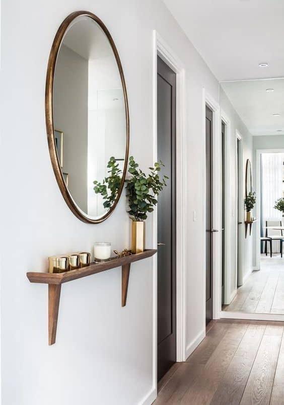 Prečo jedno zrkadlo nestačí - zrkadlá na chodbe