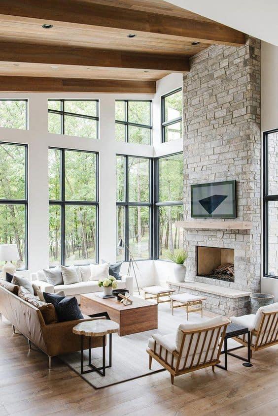 Biela drevená obývačka