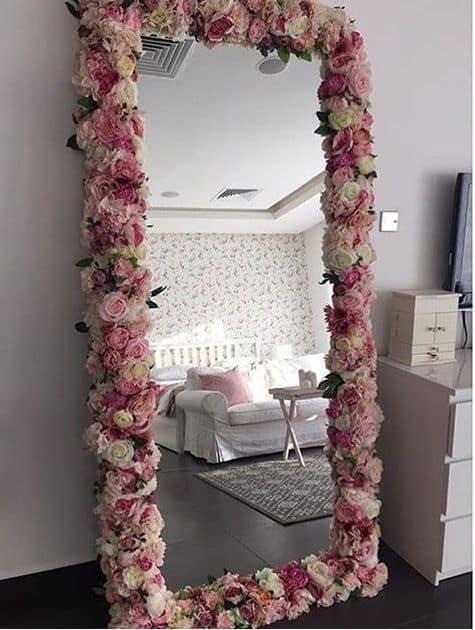 Zrkadlo ako dekorácia vďaka vám. Zdroj: Pinterest