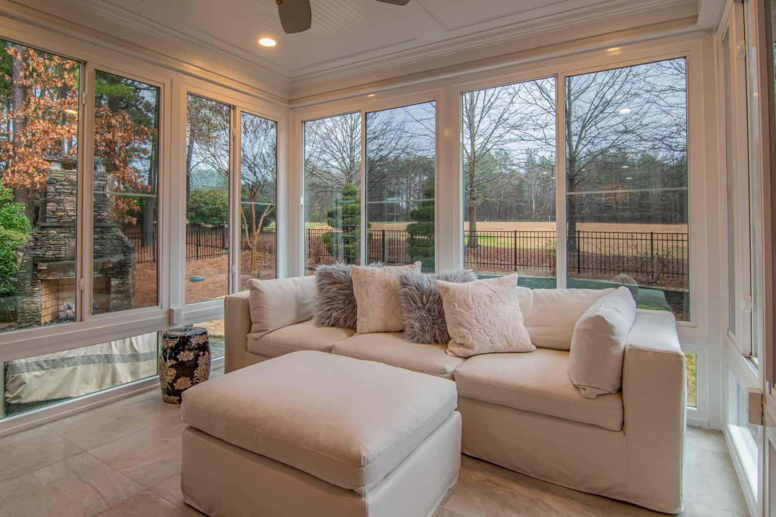 Väčšie okná prinesú viac prirodzeného svetla.
