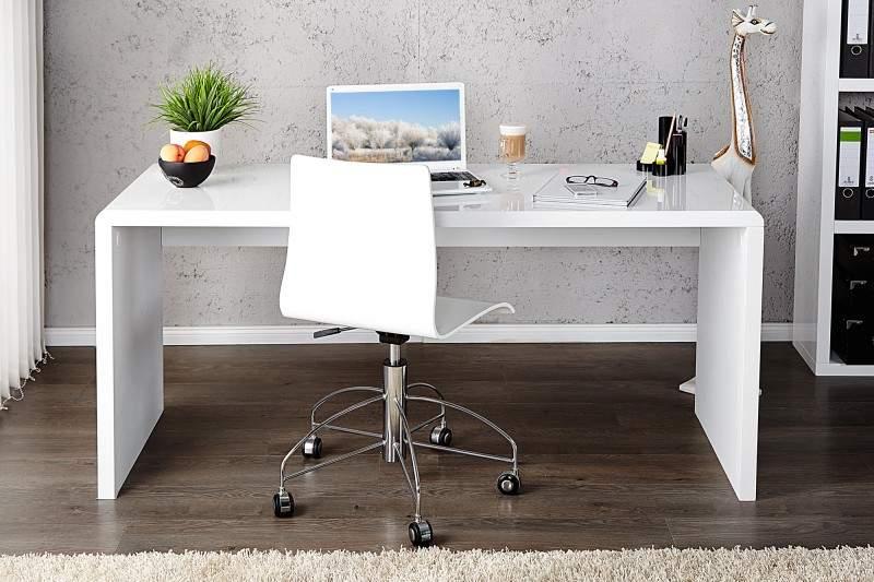 Práca z domu bude s písacím stolom z nášho e-shopu jedna báseň. Zdroj: iKuchyne.sk