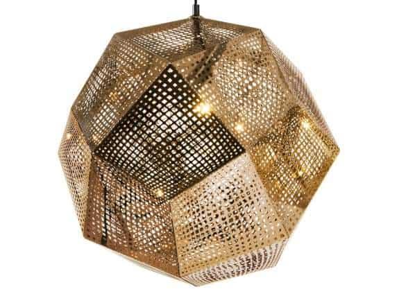 Siahnite po lampe, ktorá zaujme už na prvý pohľad a dotvorí celkovú atmosféru miestnosti. Zdroj: iKuchyne.sk