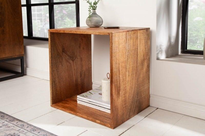 Povedali by ste, že takto môže vyzerať konferenčný stôl? Áno, áno... minimalistické riešenia sú stále trendy. Foto: iKuchyne.sk