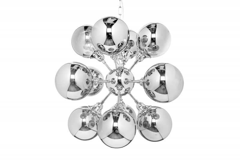 Art Deco v prevedení krásnej, striebornej závesnej lampy z nášho e-shopu. Zdroj: iKuchyne.sk